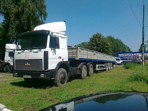 Длинномер МАЗ (20 тонн, 12 метров)