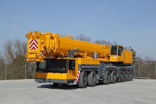 Автокран Liebherr LTM 1400 (400 тонн)