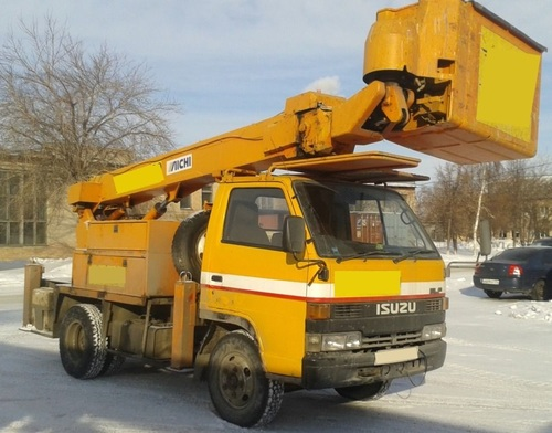 Аренда услуг автовышки 15 метров в Рузе
