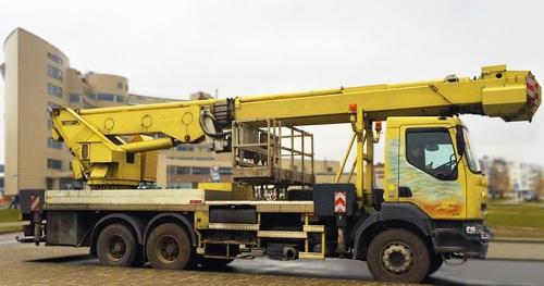Аренда услуг автовышки 40 метров в Боровске